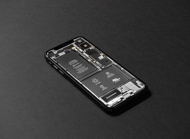 8 aplicaciones que están agotando la batería de tu móvil