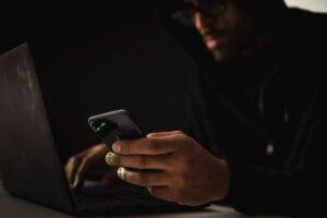 El sencillo truco para evitar que te espíen y rastreen a través de los correos electrónicos